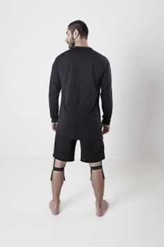 Urban survival can be felt everywhere, as well as fashion, which is alive with its own life. www.climbatize.it