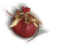 Christmas Design, Christmas Diy, Christmas Decorations, Yalda Night, Pomegranate Art, Pomegranates, Paper Folding, Heart Art, Altered Books