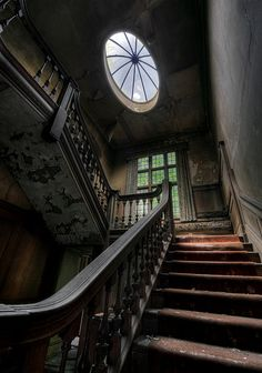 Abandoned Manor by howzey, via Flickr