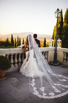 Tuscany offers breathtaking scenery for an elegant wedding or wedding pictures! #TheTuscanWedding