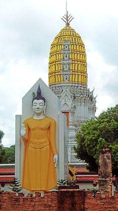 Phra Puttha Chinnarath, Wat Phra Si Rattana Mahathat, Phitsanulok, Thailand @08.09.16