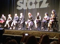 There's nothing quite like sitting in a room full of people who are all fans of the same thing. Comic-Con has no shortage of such rooms, and such was the case for Starz's premiere of  Outlander  at the Spreckels Theatre in San Diego Friday night.