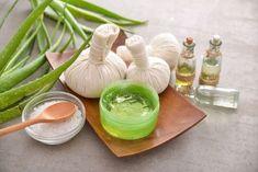 Pestovanie Aloe vera: Lekárka z vlastného kvetináča Aloe Vera, Garlic, Vegetables, Food, Essen, Vegetable Recipes, Meals, Yemek, Veggies