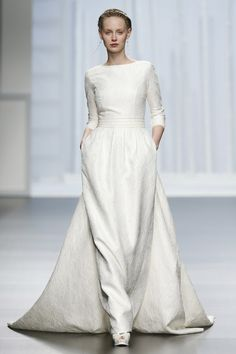 Modest Wedding Gowns For The Tznius Jewish Bride On Pinterest
