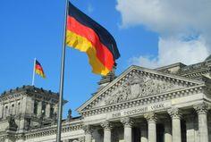 Амерички и британски агенти делују у Немачкој као да је она и даље окупирана (јок и није)  ГЕРТ ПОЛИ у нтервјуу DWN: Судећи по томе како на њеној територији делују специјалне службе савезника – Немачка је и даље окупирана земља. Немачка и немачки политичари и компа