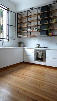 modern wooden flooring kitchen ideas to inspire you page 8 Steel Furniture, Home Decor Furniture, Furniture Design, Shelving Design, Shelving Ideas, Home Design, Interior Design, Industrial Kitchen Design, Kitchen Shelves