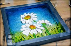 Delightful Daisy DIY Wall Art - Add bright and beautiful wall art to your space.