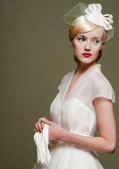 V Neck Cap Sleeved Tea Length Short Wedding Dress with Bow Ribbon _1