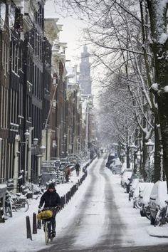 Amsterdam, eu quero ir ver este lugar um day.Please verificar o meu site agradecimentos.  www.photopix.co.nz por lottie
