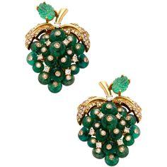 Giovane Giovane Women's Emerald & Diamond On the Vine Earrings - Green ($9,500) ❤ liked on Polyvore featuring jewelry, earrings, green, 18 karat gold earrings, green earrings, 18k earrings, emerald jewelry and emerald diamond earrings