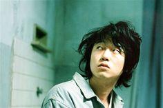 Хирофуми Араи (Hirofumi Arai, Kyung-Sik ... : 【変幻自在】新井浩文の画像集【個性派俳優】 - NAVER まとめ