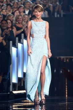 Taylor Swift makes her way to the stage during the 50th Academy of Country Music Awards on April 19 2015 in Arlington Texas. Taylor Swift
