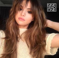 Brunette and bangs by #901artist @marissamarino_ for Selena Gomez! #brunette #bangs #longhair #extensions #selenagomez #901girl