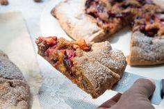 עוגת גאלט שזיפים (צילום: נמרוד סונדרס)