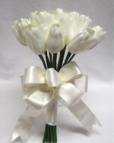 white tulips <3