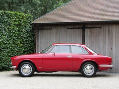 "Alfa Romeo GT 1300 Junior ""Scalino"" (1968)."