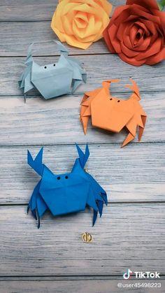 Paper Folding Crafts, Cool Paper Crafts, Paper Crafts Origami, Fun Diy Crafts, Diy Arts And Crafts, Creative Crafts, Preschool Crafts, Instruções Origami, Origami And Kirigami