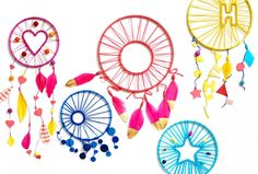 Ward off bad dreams with these traditional inspired dream catchers your kids will love!