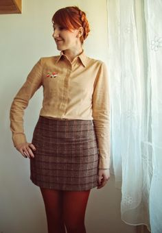 This winter I was on a search for the perfect button up pattern, and this shirt was my first make on that quest! I chose the pattern from a bit older Burda issue, from 02/2005. I love two piece sleeves and piecing on the back, all in all it's a nice pattern. I did make the mistake and trace the...