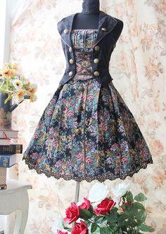 Love this lolita dress.