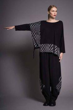 search for me Unique Fashion, Diy Fashion, Ideias Fashion, Fashion Dresses, Womens Fashion, Fashion Design, Dress Sewing Patterns, Mode Inspiration, Refashion