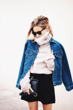 Black skirt, beige sweater and denim blazer. Casual fashion ideas.