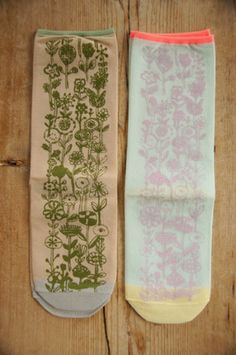 mina perhonen  letter of flower socks