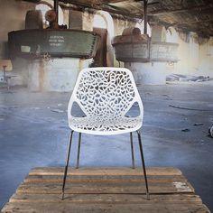 Caprice tube eetkamer stoel wit Specificaties zithoogte 47 cm. Zitvlak: 52 x 42 cm. hoogte totaal: 81 cm. Zitting: kunststof. onderstel: verchroomd staal. Voorwaarden Levertijd: indien voorradig, voor 15:00
