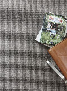 Unieke combinatie van wollen en synthetische garens in Studio Nature #tapijt collectie.