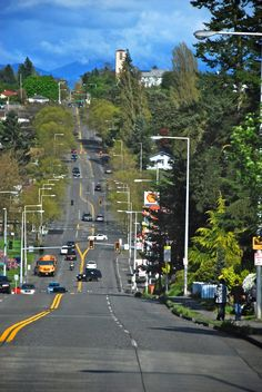Roxbury Street dividing West Seattle and White Center . Photo by Patrick Robinson
