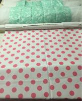 The Feisty Quilter: Quilting Frame Diy Quilting Frame For Sewing Machine, Machine Quilting, Upcycled Crafts, Diy Crafts, Quilting Projects, Quilting Ideas, Quilting Frames, Half Square Triangle Quilts, Free Motion Quilting