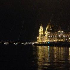 Budapest cruise Legenda.