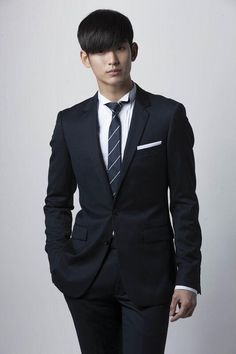 Kim Soo Hyun   Do Min Joon  i feel like i should do my homework....