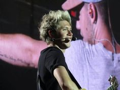 Niall in Vancouver (7/17/2015)