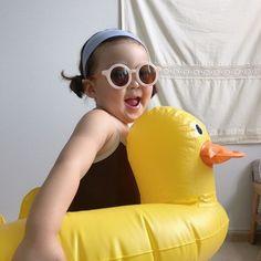 Little Boy And Girl, Cute Little Baby, Little Girl Fashion, Little Babies, Cute Babies, Baby Icon, Ulzzang Kids, Cute Love Cartoons, Korean Babies