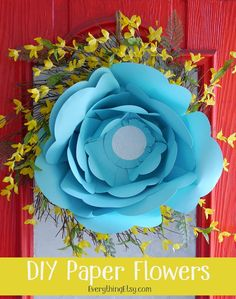 DIY Paper Flowers–Pretty Party Decorations