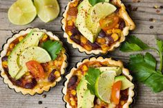 Several delicious Keto Diet Recipes and Menu for Quick and Easy Weeknight meals. The Keto Diet Recipes are great for Keto beginners or advanced. Quiches, Salsa Taquera, Low Carb Recipes, Diet Recipes, Chicken Recipes, Salsa Guacamole, Cheap Things To Do, Mexican Food Recipes, Ethnic Recipes