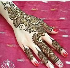 Browse the latest Mehndi Designs Ideas and images for brides online on HappyShappy! We have huge collection of Mehandi Designs for hands and legs, find and save your favorite Mehendi Design images. Mehndi Designs Finger, Indian Mehndi Designs, Mehndi Designs For Beginners, Latest Mehndi Designs, Mehndi Designs For Hands, Bridal Mehndi Designs, Indian Mehendi, Mehandi Designs Arabic, Arabic Design