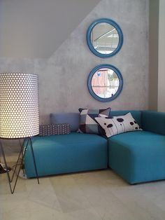 Intimate L Room -- Modern Furniture