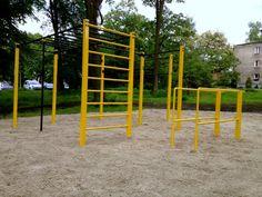 Lubliniec, Poland more info: http://www.streetworkoutspots.com/2015/02/street-workout-location-lubliniec-poland.html #streetworkout #calisthenics #bodyweight #ghettoworkout #workout #exercise #training #gym #streetgym #parks #poland #polska #lubinec #fit #fitness #fitnesstrail