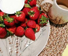 Dánská značka Bloomingville kolekce Nature Strawberry, Fruit, Food, Strawberries, Meals