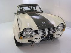 Triumph Sports, Tr 4, British Sports Cars, Austin Healey, Sport Cars, Cars And Motorcycles, Rally, Dream Cars, Classic Cars