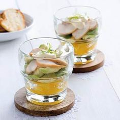 Chicken cocktail with orange and avocado - Recipe - Allerhande - Recipe – Chicken cocktail with orange and avocado – Allerhande - I Love Food, Good Food, Yummy Food, Fingers Food, Catering, Table D Hote, Tapas Dishes, Kiwi, Diner Recipes