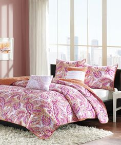 Pink Paisley Quilt Set