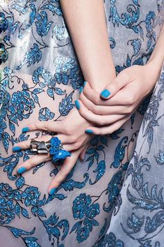 Blue Nails & Fashion!
