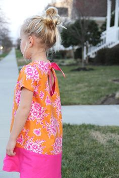 PERFECT EASY DRESS PATTERN FOR EASTER!  Free kids knot swing a-line dress pattern, sizes 2T thru 10.