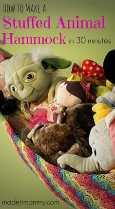 Genius! Make a stuffed animal hammock for your kid's room to save space and organize all their toys.