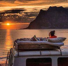 Camper Life, Camper Van, Truck Camper, Diy Camper, Jeep Truck, Kombi Home, Sprinter Camper, Van Home, Van Living