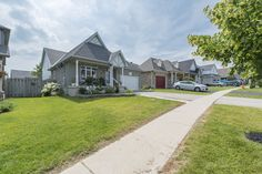Oakville Real Estate Team - Homes for sale in Oakville, Burlington, GTA and surrounding areas. Free Market, Stainless Steel Appliances, Wall Oven, Curb Appeal, Microwave, Hardwood, Real Estate, Album, Mansions