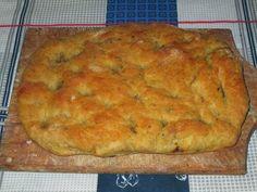 Raccontare un paese: le mie ricette: focaccia con patate ed olive